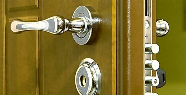 Cerrajeros CITY Lowcost Veinticuatro Hs Urgencias Rapidos Instalacion Cerraduras Aperturas Reparaciones