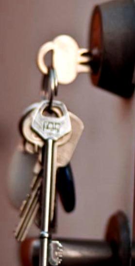 Cerrajeros Hurchillo Lowcost 24 Horas Urgencias Rapidos Instalaciones de Cerraduras Cerrojos