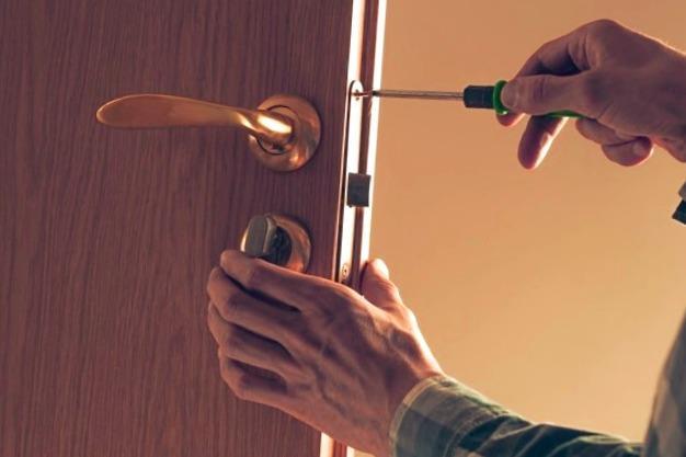 Cerrajeros Cieza Baratos 24 hs Urgentes muy Rapidos Instalacion Cerraduras Cerrojos Aperturas