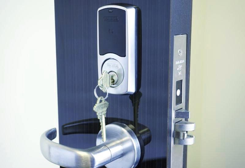 Cerrajeros Benitachel Lowcost 24 horas Urgentes muy Rapidos Instalaciones de Cerraduras