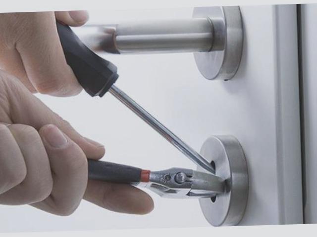 Cerrajeros Busot Baratos 24 horas Urgentes Rapidos Instalaciones de Cerraduras