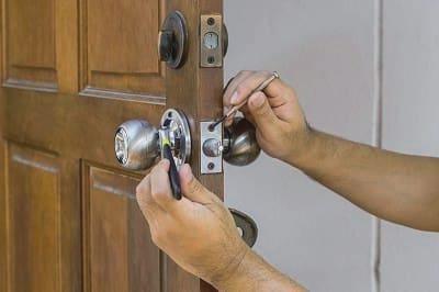 Cerrajeros Catral Lowcost 24 Hs Urgentes Rapidos Instalaciones Cerraduras Aperturas