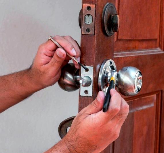 Cerrajeros Pliego Economicos 24 hs Urgentes Rapidos Instalacion de Cerraduras