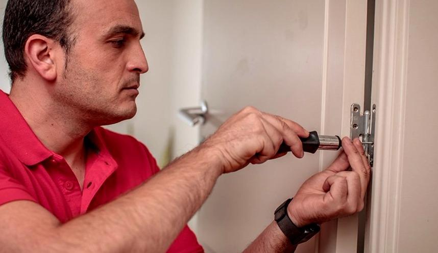 Cerrajeros Petrer muy Baratos 24 Horas Urgentes Rapidos Instalacion Cerraduras Aperturas