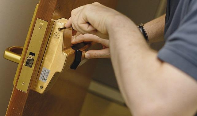 Cerrajeros Lorca muy Asequibles Veinticuatro hs Urgentes Rapidos Instalacion Cerraduras Reparaciones