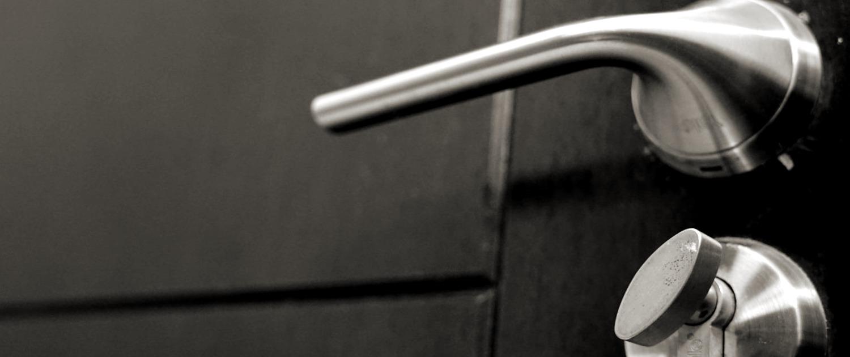 Cerrajeros Gata De Gorgos Lowcost Veinticuatro hs Urgencias Rapidos Instalaciones de Cerraduras Reparaciones