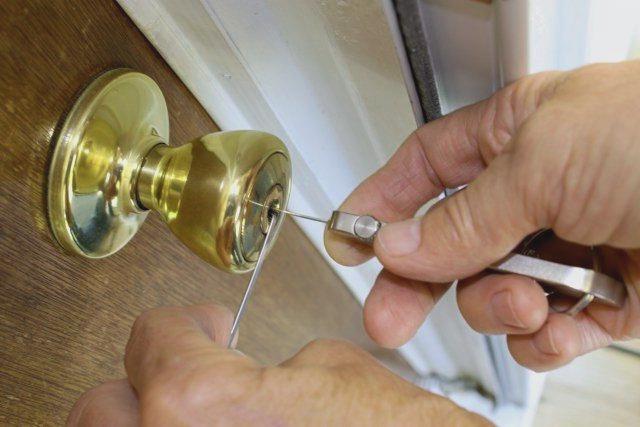Cerrajeros Algorfa muy Economicos 24 horas Urgencias Rapidos Instalacion Cerraduras Reparaciones