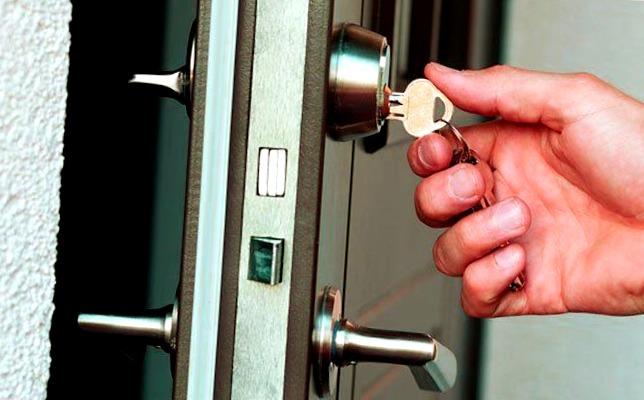 Cerrajeros Finestrat muy Baratos 24 hs Urgencias Rapidos Instalaciones de Cerraduras Reparaciones