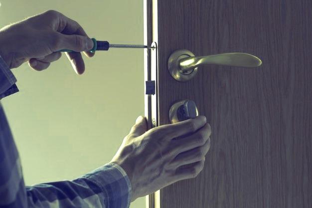 Cerrajeros Cehegín muy Lowcost 24 horas Urgencias Rapidos Instalaciones Cerraduras