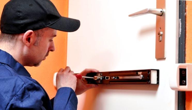 Cerrajeros Campomar Lowcost 24 hs Urgentes Rapidos Instalaciones Cerraduras Cerrojos