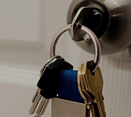 Cerrajeros Teulada Lowcost 24 Horas Urgencias muy Rapidos Instalaciones de Cerraduras Aperturas